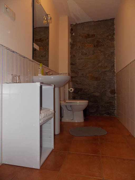 3 habitaci n triple en casa rural muy acogedora houses for rent in molinaseca leon spain - Casa rural molinaseca ...