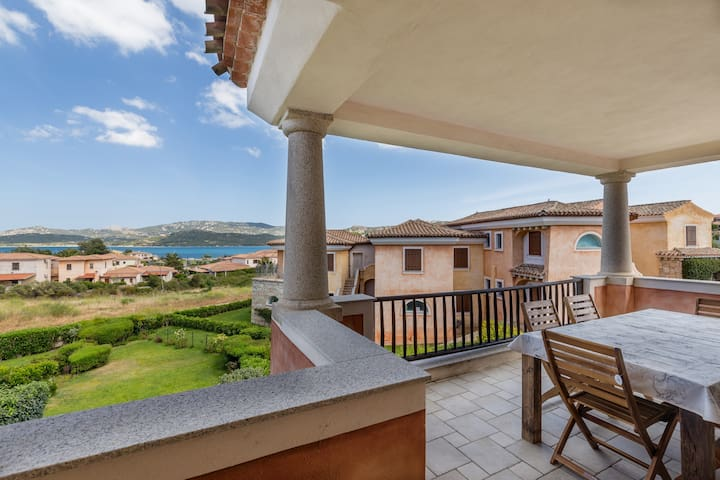 Panoramic Apartment at 400 m from a Sandy Beach