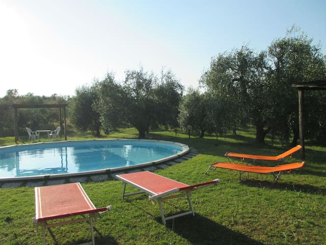 Agriturismo La Pieve - 905, sleeps 3 guests - Colle di Val D'Elsa - Appartement