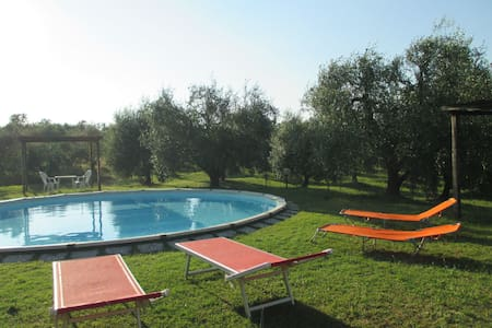 Agriturismo La Pieve - 905, sleeps 3 guests - Colle di Val D'Elsa - Huoneisto