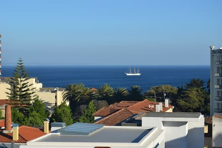 Sea View 2 bedroom Apartment - Estoril - Huoneisto