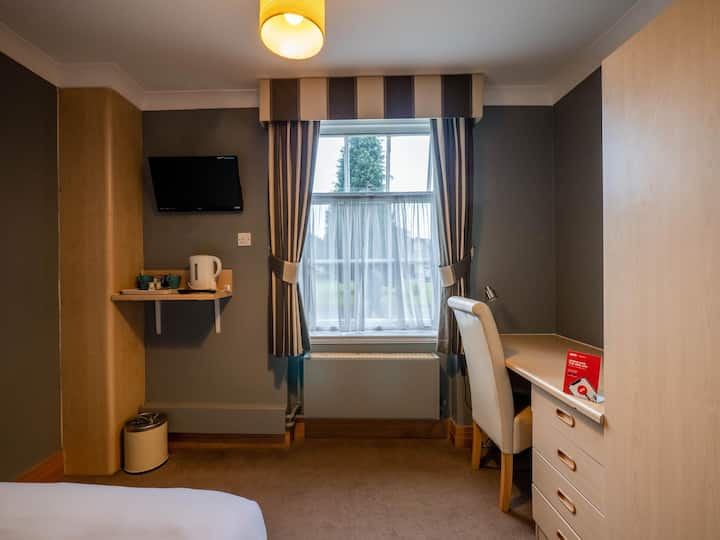 Essential and Business Travel Only: Gratifying Room Classic Double Bed At Derby