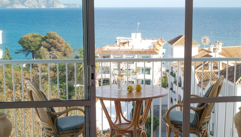 SeaViewNerja, sea view, central - Nerja - Apartamento