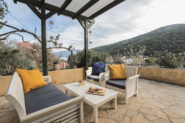 kefalonia airbnbs 10 beautiful villas