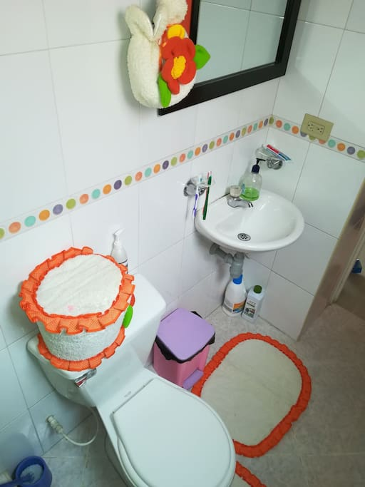 Bathroom - Baño