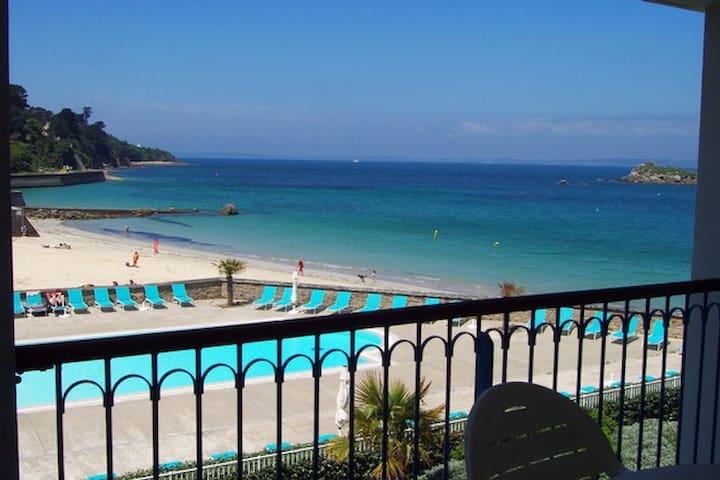 T3 vue mer et piscine Treboul