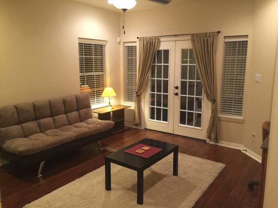 Living room - New/recent hardwood flooring & furniture