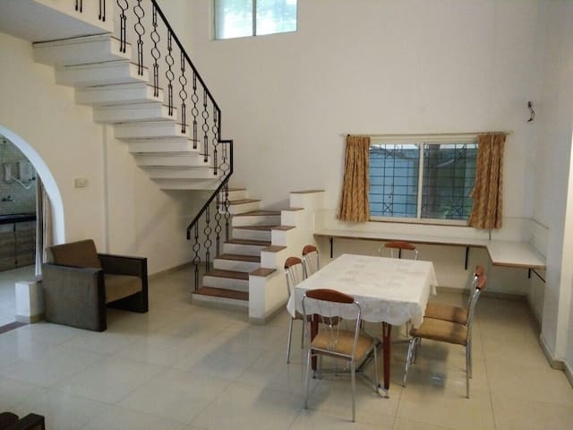 5 BHK Apartment in Aundh, Pune