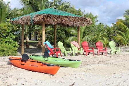 Mango House - Luxury Beach Home Boat Kayaks..More - Central Abaco - 独立屋