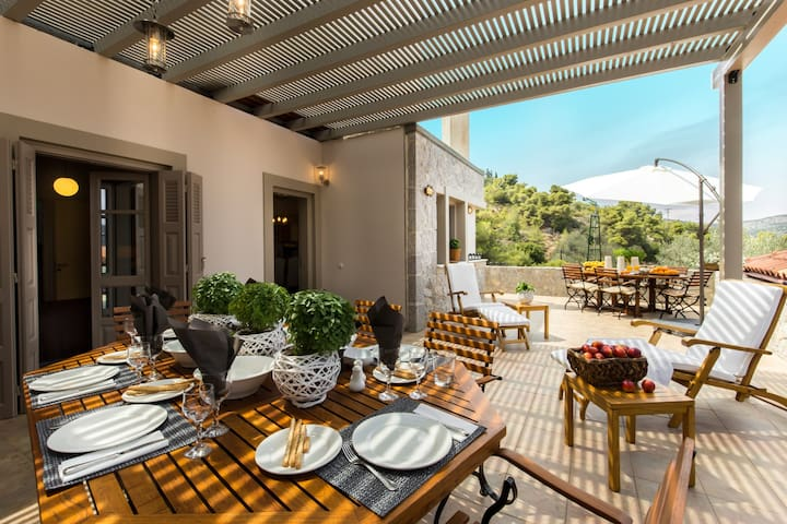 Stunning Eco stay Villa in Epidavros -Akros Estate