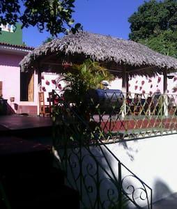 Hostal Julio - La Boca - Bed & Breakfast
