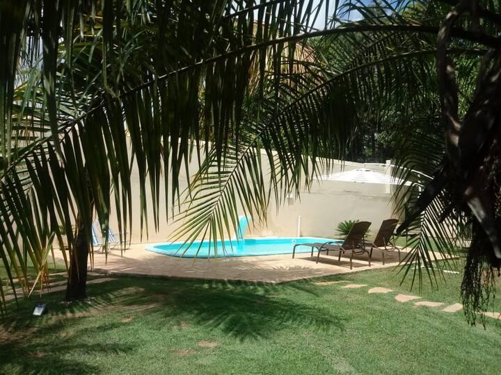 Chácara Itu - Wifi grátis, piscina e churrasqueira