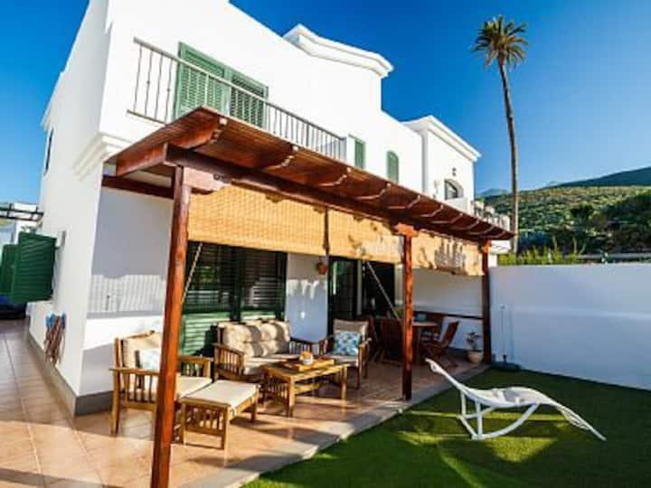 Villa Duplex en Agaete con Terraza