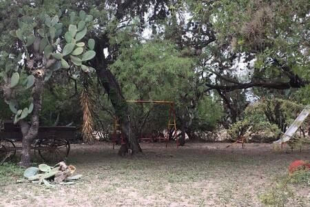 Venado, SLP.  Rancho 'El Capricho' Cómoda casa.