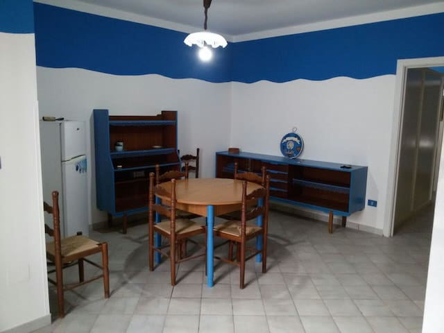 Appartamento a 100mt dal mare, TORRE MOZZA-Ugento