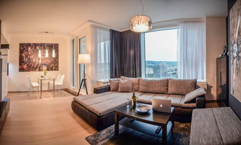 ★ Luxury apartment ★ 28.floor & River promenade