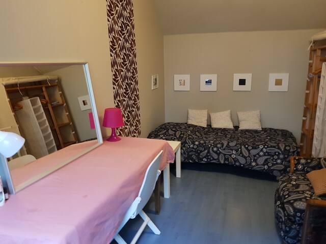 Chambre sympa meublée et équipée proche Rennes