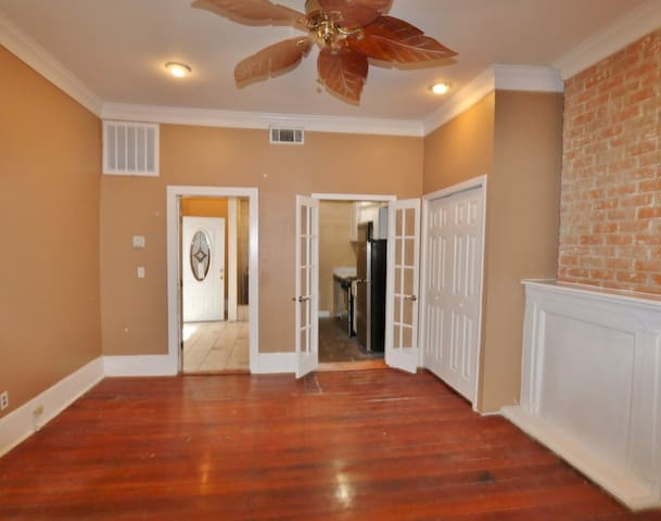 Uptown New Orleans Home with Free Parking
