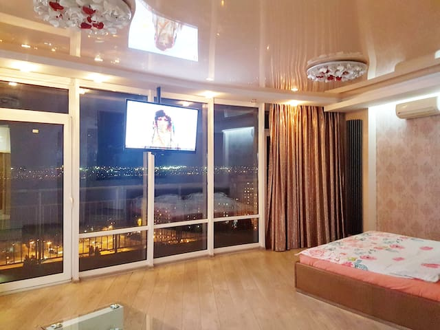 Penthouse with Jacuzzi in Most City, River View