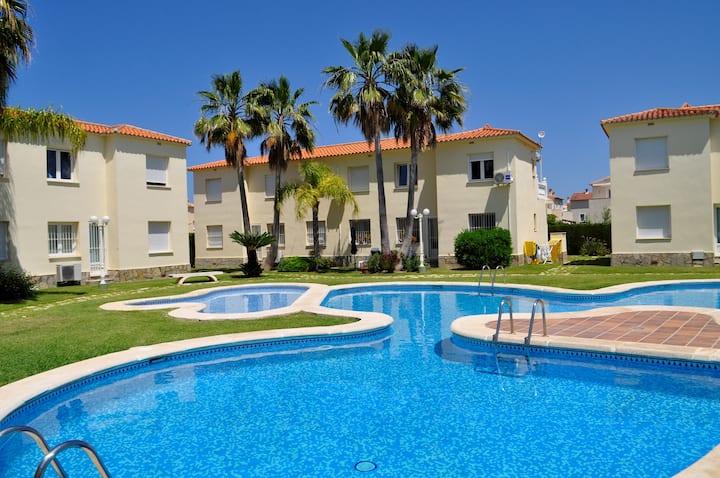 Family Beach Club Sevilla II
