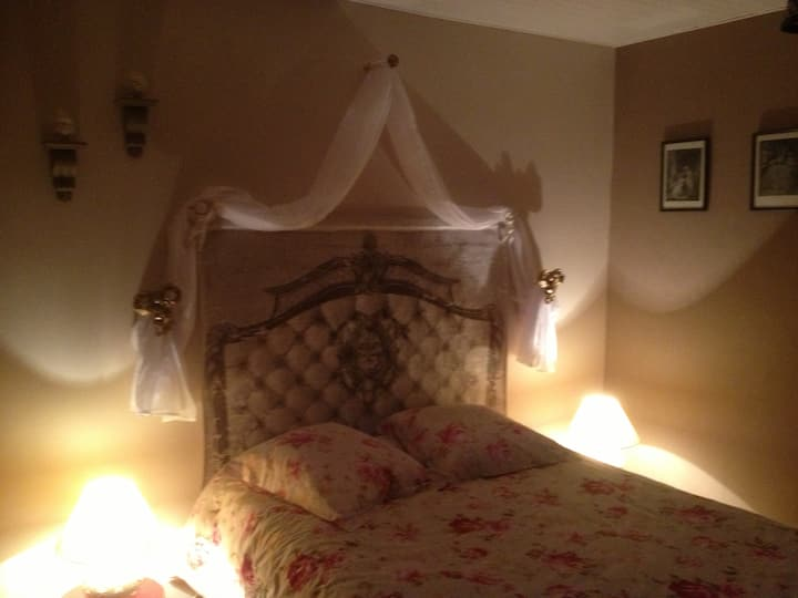 Romantic room or room of the Angels
