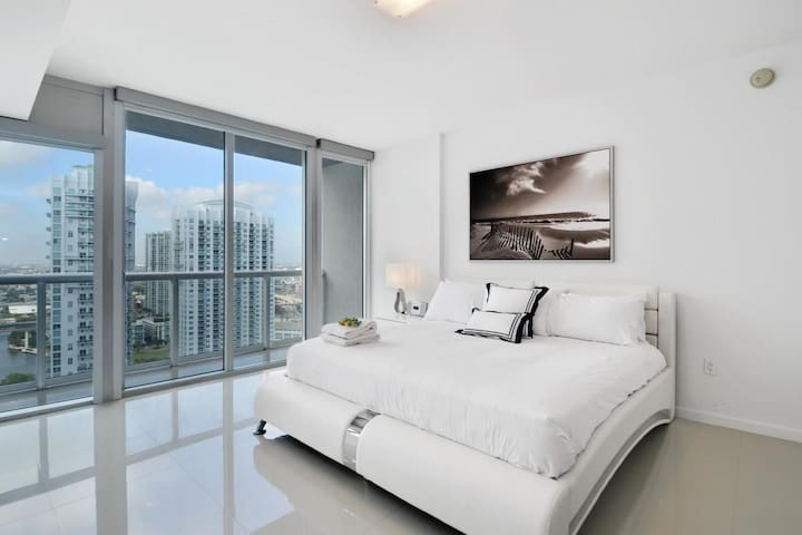 Stunning Studio in Brickell - Miami - Apartament
