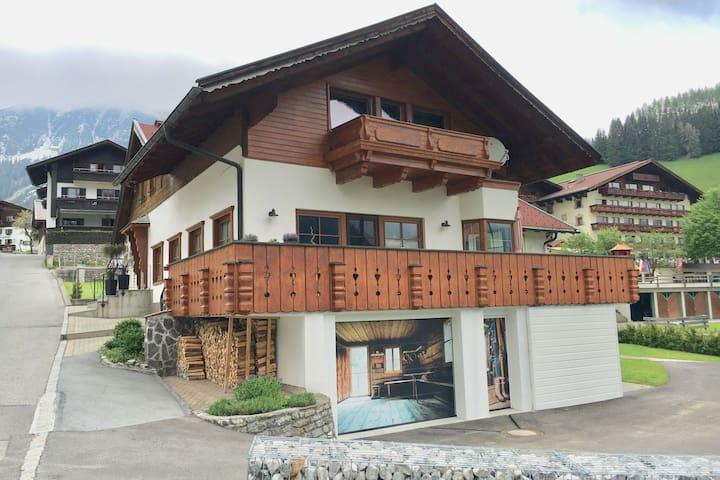 Agradable vivienda, con ubicación central en la conocida localidad de Berwang