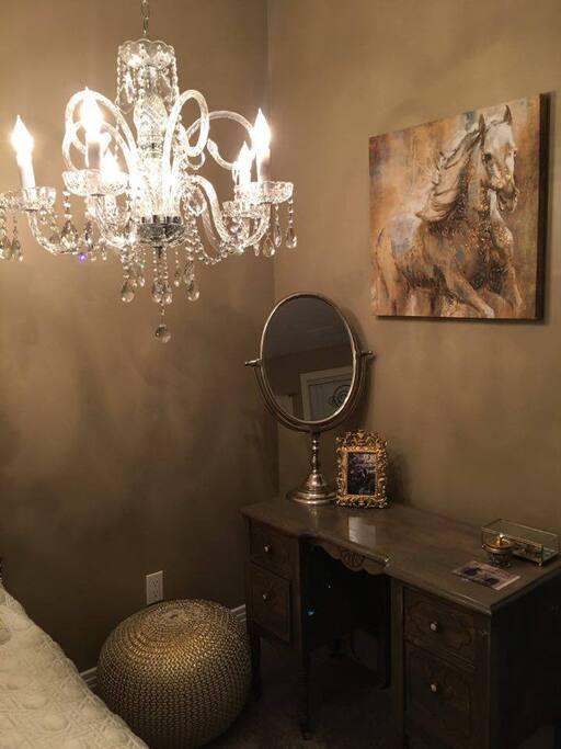 Lunas Suite