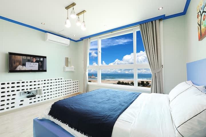 스파를 즐기며 동해바다의 풍경을 즐길 수 있는 SPA201 객실