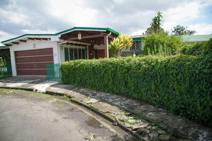 Casa Kibi - Kibi  Garden Suite at Great Location
