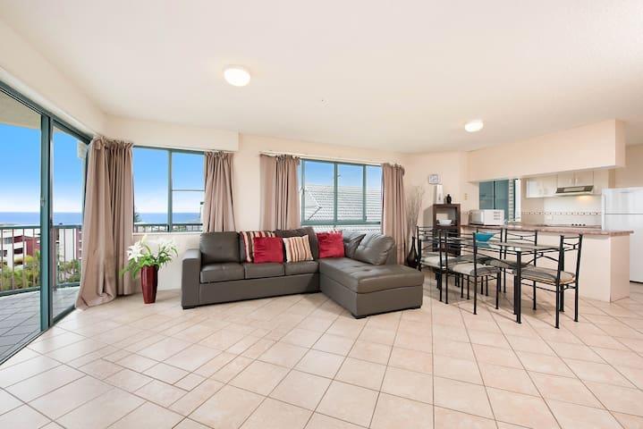 Ocean Views & Private Rooftop - Kings Beach - Appartement