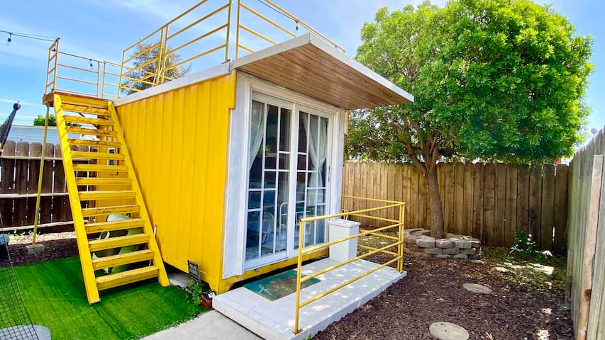 Private Tiny Container Home (Self Check in)