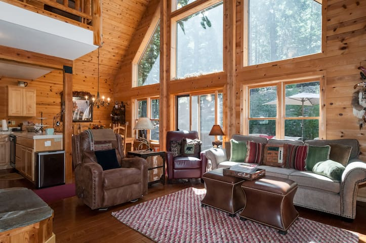 Charming, Year-Round Truckee Vacation Home