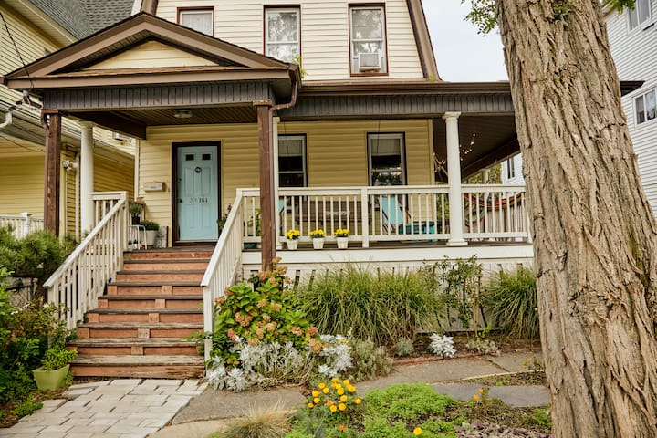 Rockaway Retreat House (Entire House)