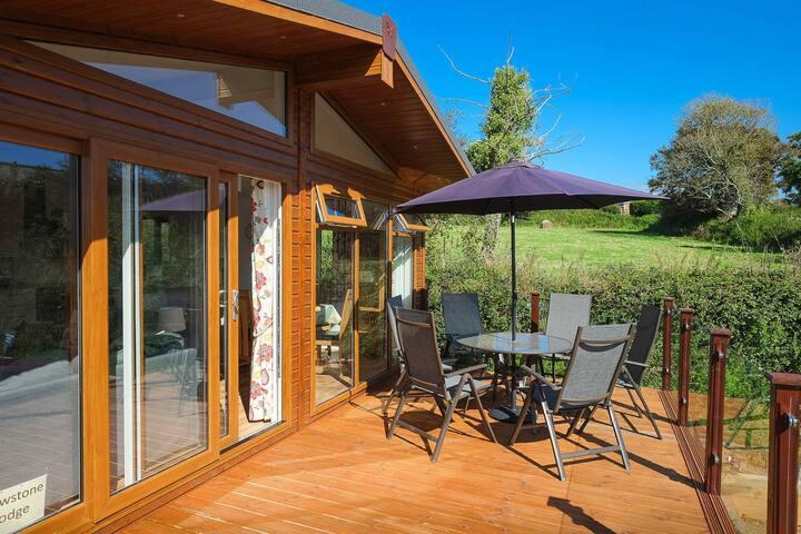 Mewstone Lodge