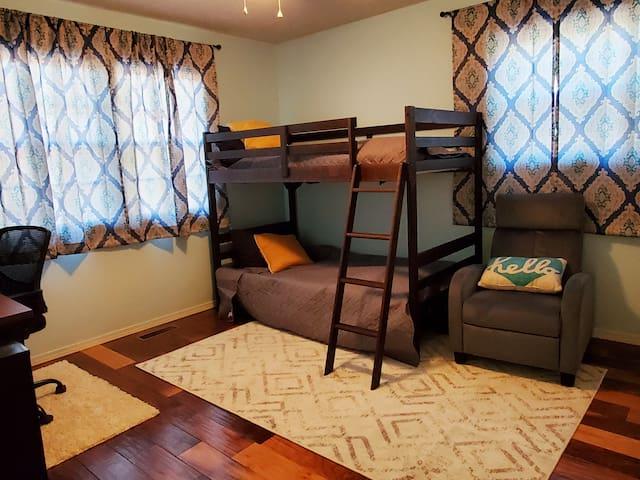 bunk beds in second guest room
