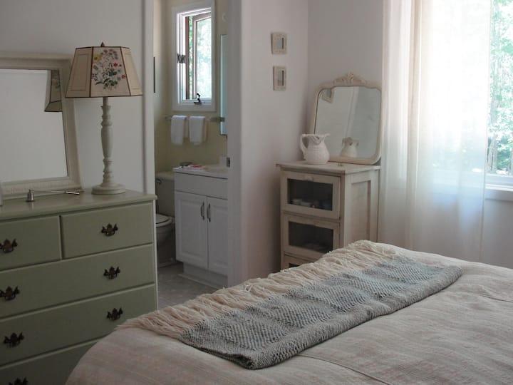 Bedroom suite in Springs, New York