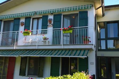 appartamento in villetta trilocale con posto auto - Casale Cremasco