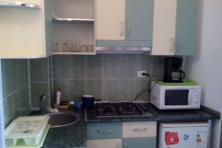 Garsoniera pt familisti - Mangalia - Apartment - 1