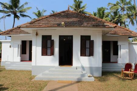 private room on the beach varkkala ( Vibes) - Thiruvananthapuram - Hus