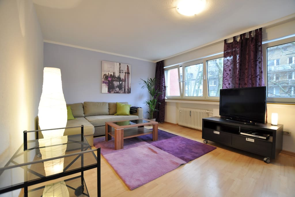 2 room apartment cologne downtown apartments for rent in k ln nordrhein westfalen germany. Black Bedroom Furniture Sets. Home Design Ideas