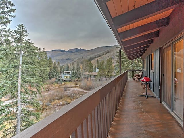 !Vail 1BR+Loft BR w/ Mtn/Creek Views!-free shuttle