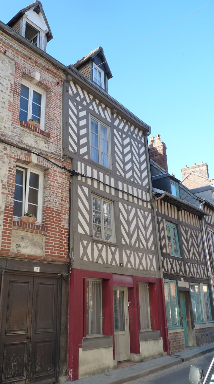 The Saint Léo - flat in Honfleur