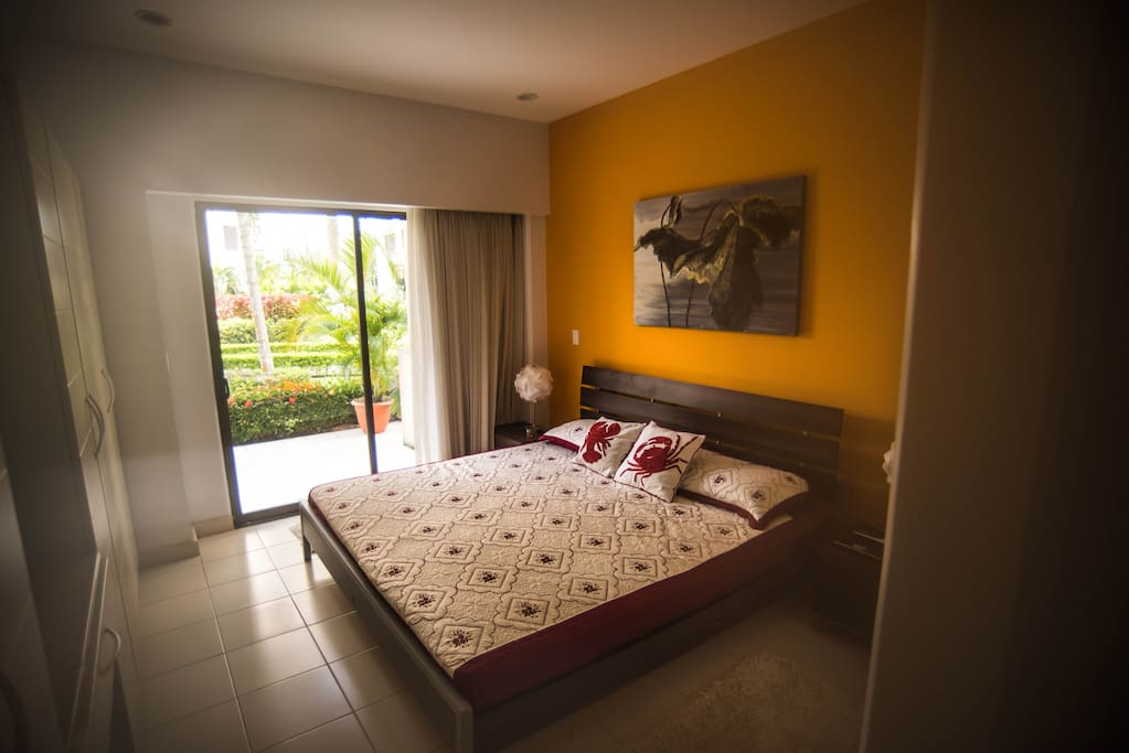 Huge and luxury main room with king size bed !  includes , tv and air conditioner and private bathroom