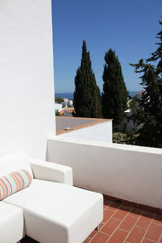 Family friendly apartment near by the sea - Porches - Apartemen