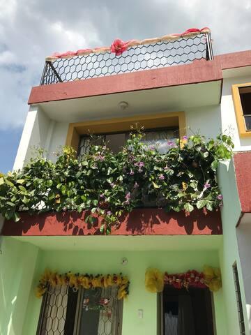Hermosa casa de 3 pisos en Tolú - Santiago de Tolú - House