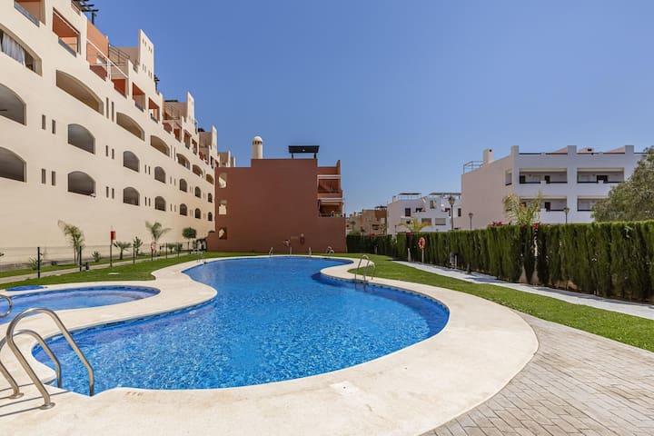 Appartement attrayant à Vera avec piscine