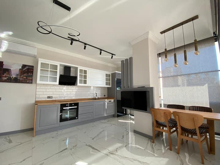 Luxury  apartment 150 meters to Cleopatra  beach