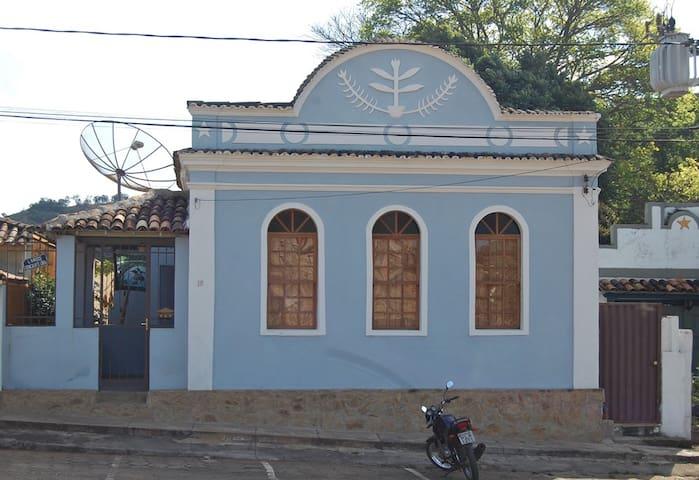 Casa em Coronel Xavier Chaves - Coronel Xavier Chaves