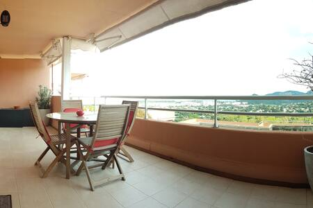 2 ROOMS + 16m² terrace _SEA VIEW_ pool ac garage